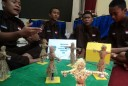 Orang-orangan Sawah Berbasis SMS karya Siswa SMK di Wonogiri